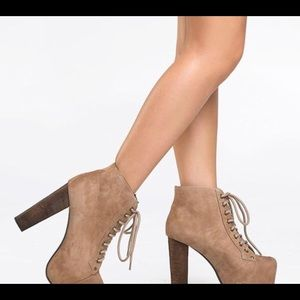 Shoes - High heel boots